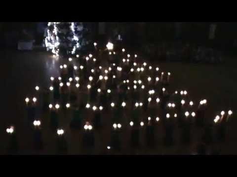 Karácsonyi műsor 2013 - zárószám - YouTube