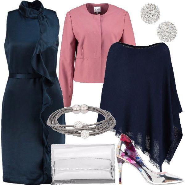 Un outfit elegante ma non formale, una proposta cerimonia diversa dal solito. Questo abito in tessuto lucido blu ha un volant su tutta la lunghezza che lo rende sbarazzino, ho scelto di abbinarlo ad una giacca rosa e ad un poncho blu. Gli accessori sono delle décolleté argento a specchio con dettaglio floreale che richiama il rosa, una pochette argento e un set che comprende bracciale e orecchini con strass.