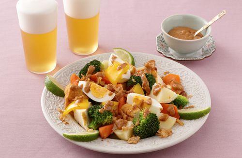 温野菜のガドガドサラダ | お酒にピッタリ!おすすめレシピ | サッポロビール