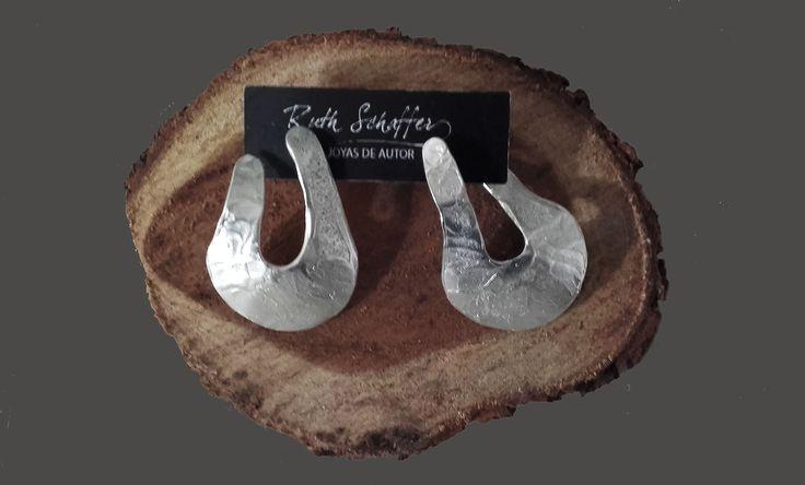 Aros metal - Cuenco invertido - Joyas de autor diseñadas en Käira