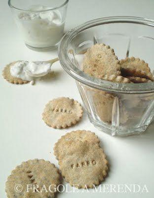 Fragole a merenda: Crackers di farro ai semi di papavero