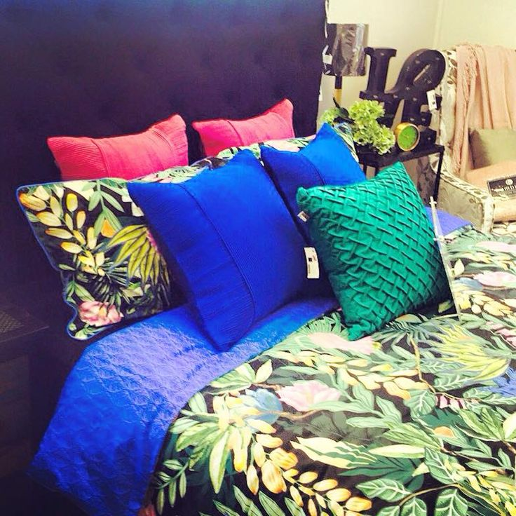 Botanics is a big trend in homewares this year & Kas has got it spot on with their new range! Loving the pattern & colour in this design @dcb_designs Kilsyth #homewares #homeinspo #interiors #bedding #cushions #kas @kasaustralia #dcbdesigns