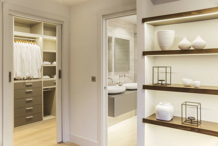 Master+suite+-+dressing+room,+ensuite+and+bespoke+joinery+unit