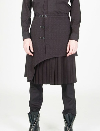 layers! doublet/outercoat over top of base and hose.
