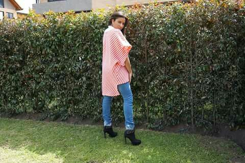 Blusón tejido en Jacquard colores varios