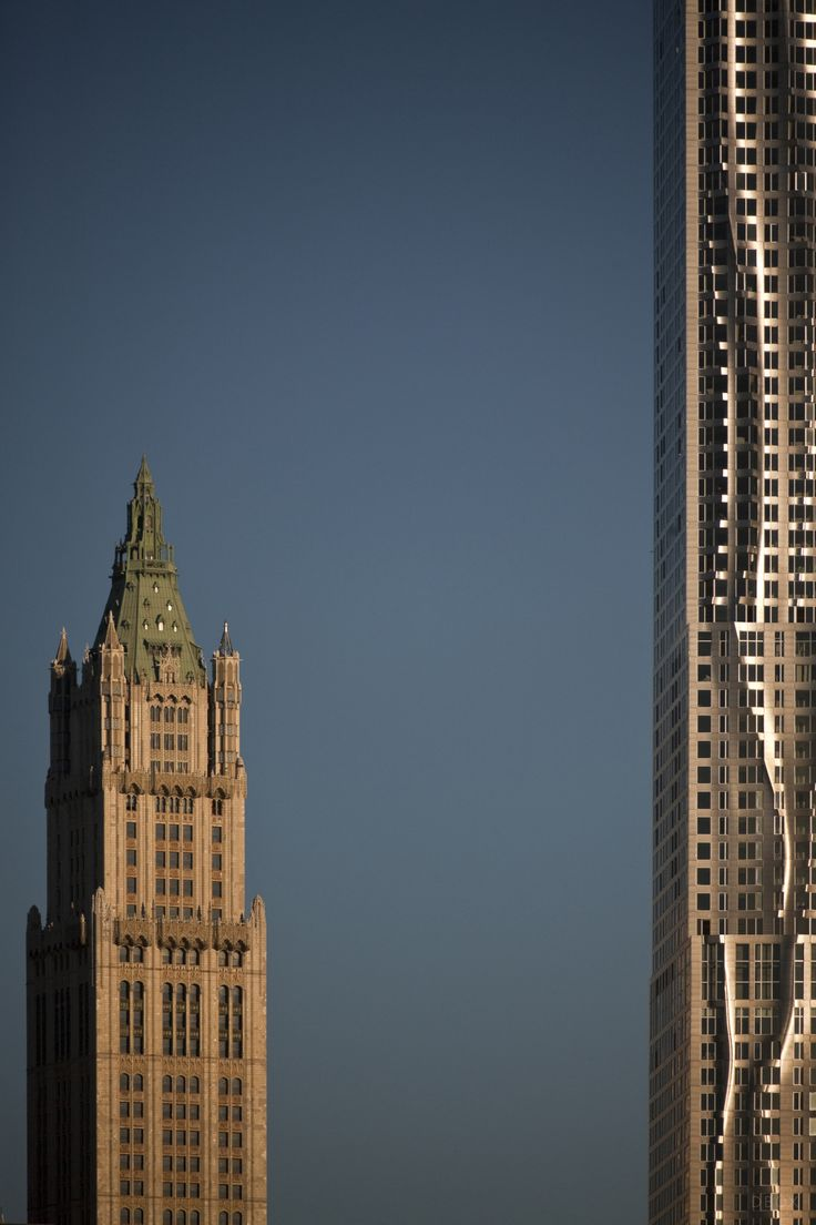 The Woolworth Building and New York by Gehry. DBOX 2010