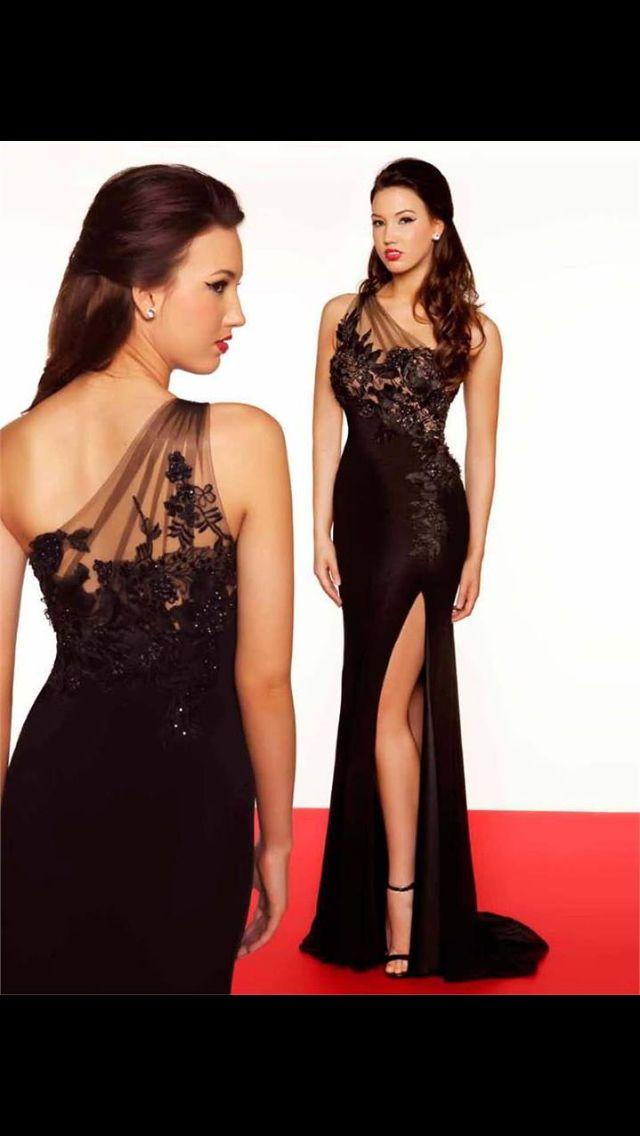 Vestido de noche negro bordado