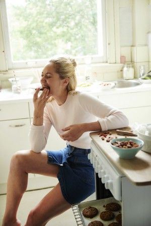 Trainen maakt me hongerig! Vooral na een lekkere run op zondagochtend. Deze koekjes zitten bomvol eiwitten, vetten en koolhydraten. En dat is precies wat je nodig hebt tijdens of na een flinke workout.