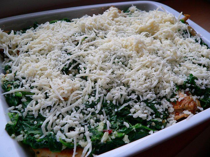 Toto jídlo je naše oblíbené z jedné pizzerie a tak jsem si po několikanásobném prozkoumání při konzumaci řekla, že jej zkusím udělat i doma... a povedlo se tak, že manžel byl naprosto nadšený... takže snad bude chutnat i vám :-)
