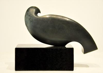 Toi Te Rangiuaia Kura Gallery Maori Sculpture New Zealand Art Design Pounamu Kereu Bird Granite Base
