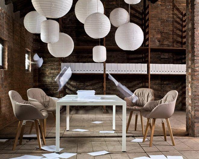 Minimal and Elegant Executive Office Environments inspiration for planteahome.com