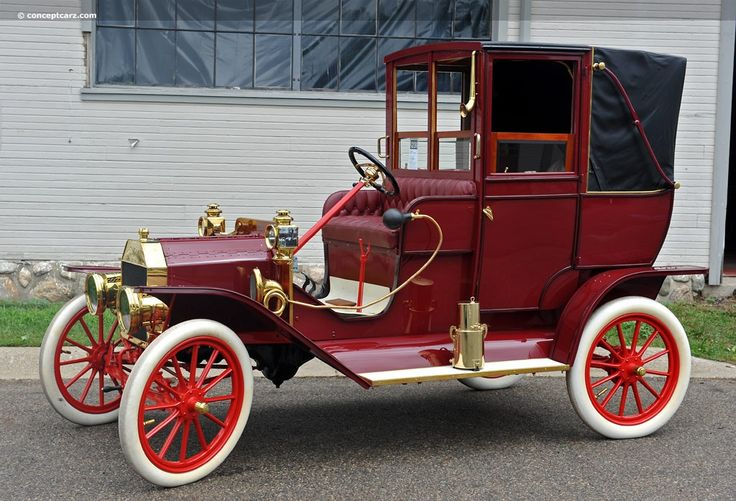 1909 Ford Model T Town Car....the chauffeur had it rough....