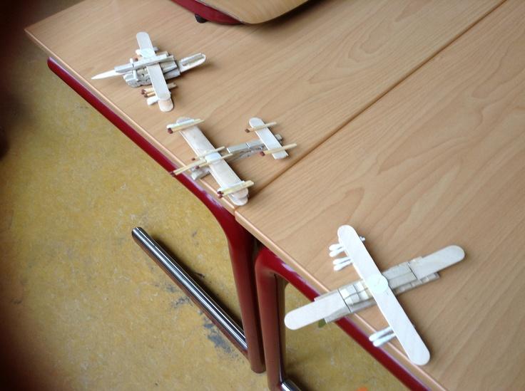 Gevechtsvliegtuigen uit de Tweede Wereldoorlog. Gemaakt door groep 6.