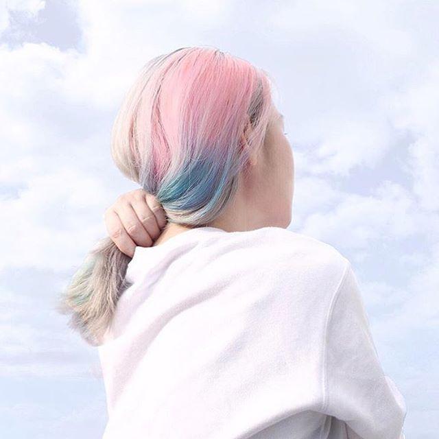 #hairgoals 🌈  Photo: @cinddie