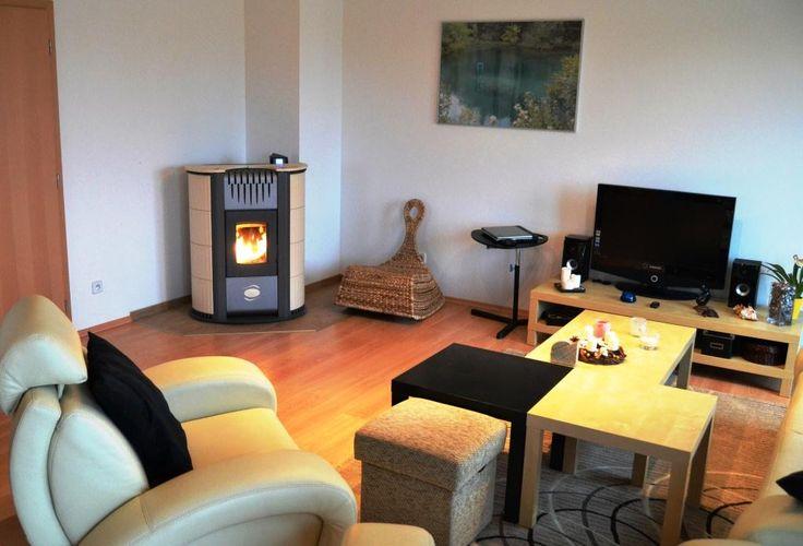 ecoFlame - obývací stěny a peletová kamna