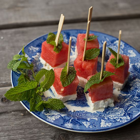 Inspired by this BHG Watermelon Salad, I decided to make an appetizer version perfect for an outdoor summer gathering. Just stack cubes of feta and watermelon on a toothpick with a leaf of fresh mint! Simple, refreshing and delicious. Summer in a bite! Try to cut the feta and watermelon cubes the same size: You can [...]