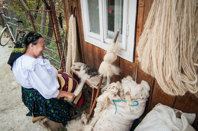 Image for Traditions of Maramures. Weaving. Distaff & Spindle © Nora De Angelli