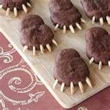 Chocolate bear paws