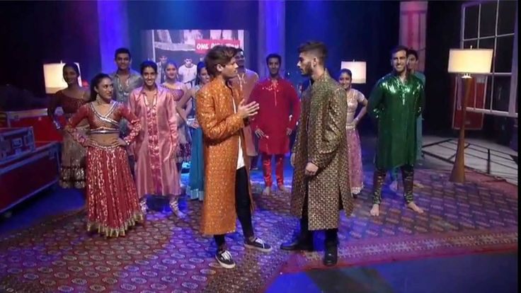 Zayn and Louis Takeover : 1DDay Desi Indian Style Dance (w/Scott Mills) - YouTube