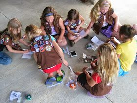 Brownie Badge: Letterboxing
