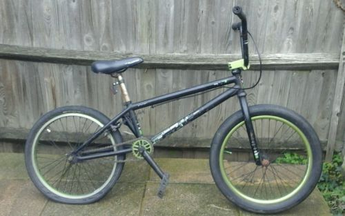 We the #people #versus 2010 bmx bike,  View more on the LINK: http://www.zeppy.io/product/gb/2/351611310474/