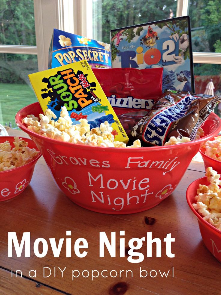 Such a great hostess gift or holiday gift for a family with young kids! Family Movie Night in a DIY popcorn bowl
