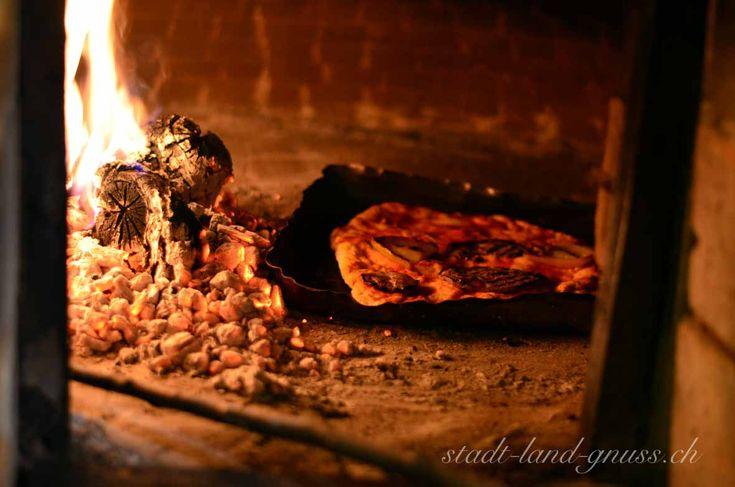 DIY Pizza im Holzofen im Trullo in Süditalien. Familienreise in Italien (Apulien), Azienda Agricola.