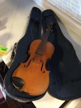 Violin jacobus stainer. ONLINE ONLY AUCTION - Ending Tuesday, June 24, 2014. Couderay, WI.