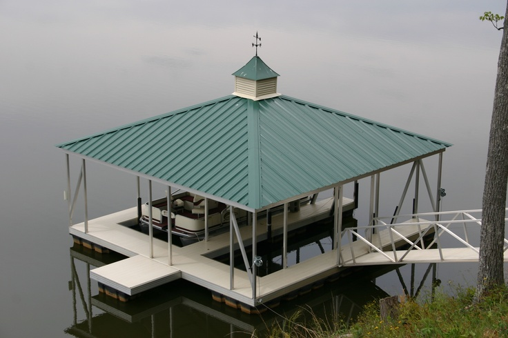 Wahoo double slip aluminum floating boat dock with sheet for Metal hip roof