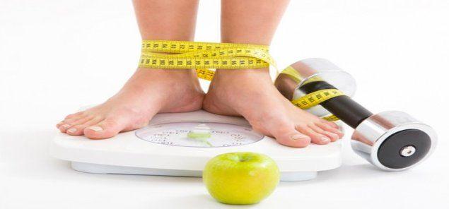 मोटापे की समस्या को लेकर आजकल हर उम्र का इंसान परेशान है और इसे नियंत्रित करने के लि