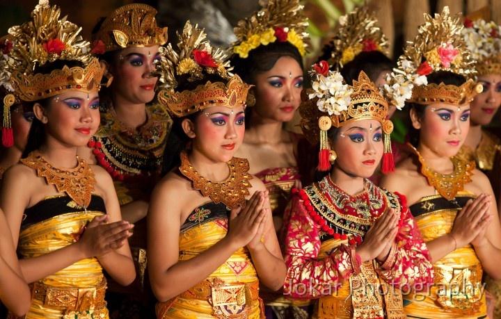 Les danseurs à la fin du spectacle #PalaisD'Ubud