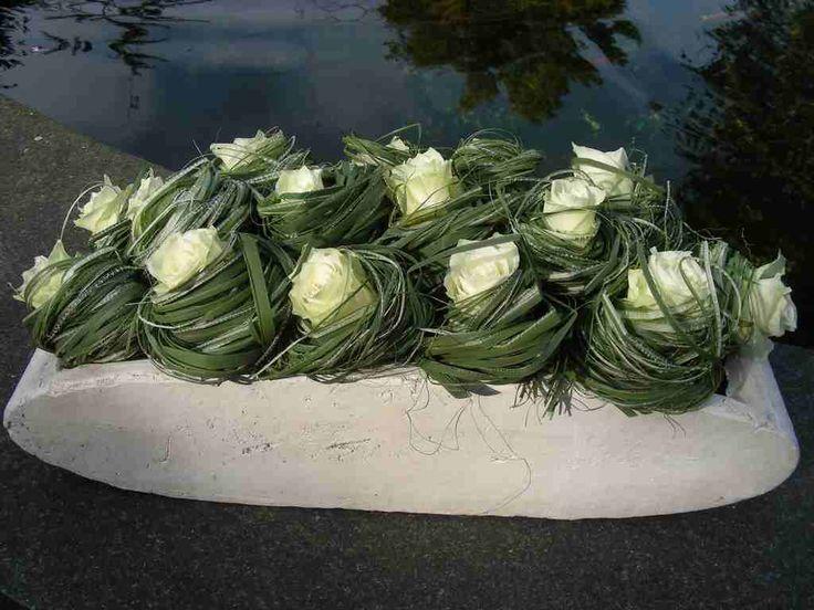 Omwikkelen vn bloemen; florale techniek