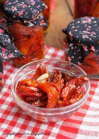 moje pasje: Suszone pomidory w zalewie z oleju