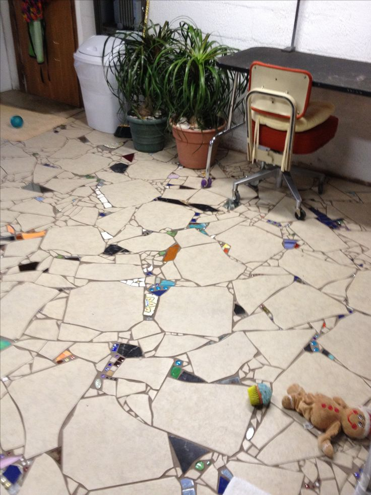 Mosaic floor - this is what we had planned to do in our condo bathroom years ago