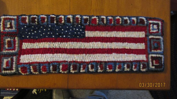 "Primitive Hooked Rug ~ ""Patriotic Flag"" Table Runner, Folk Art by TheCrazyWoolLady on Etsy"