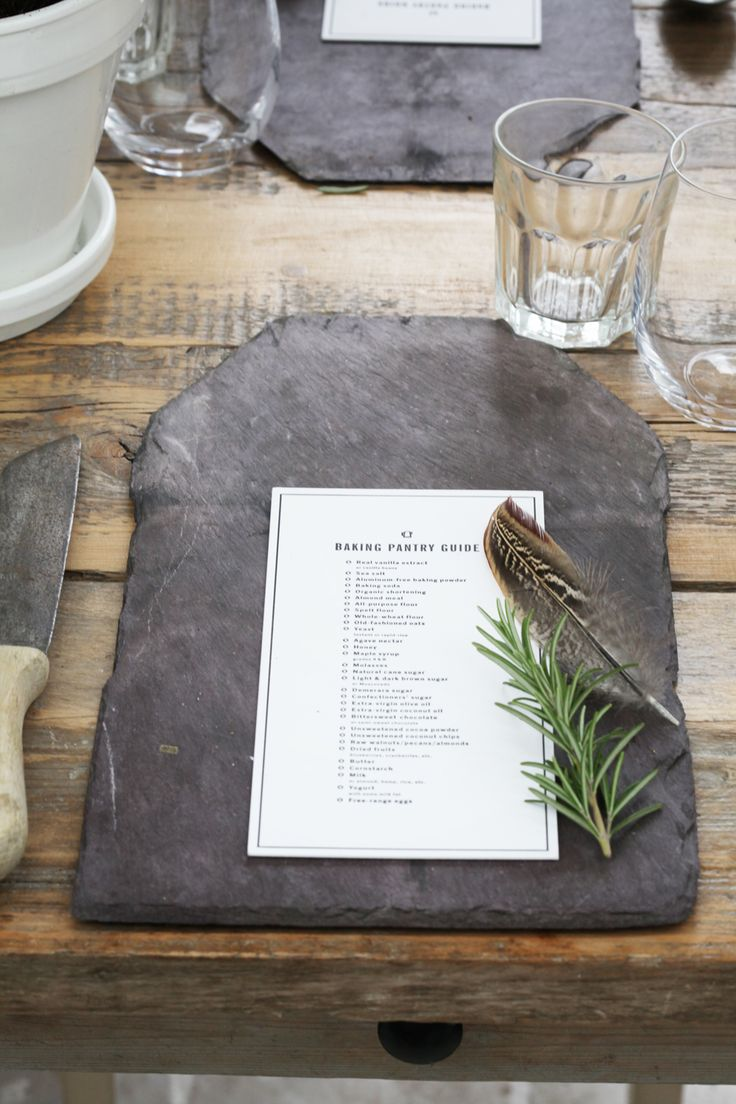 I love this idea for place settings. Doesn't even have to be for a wedding! And the slate is interchangeable with whatever you prefer. So simple yet so classy