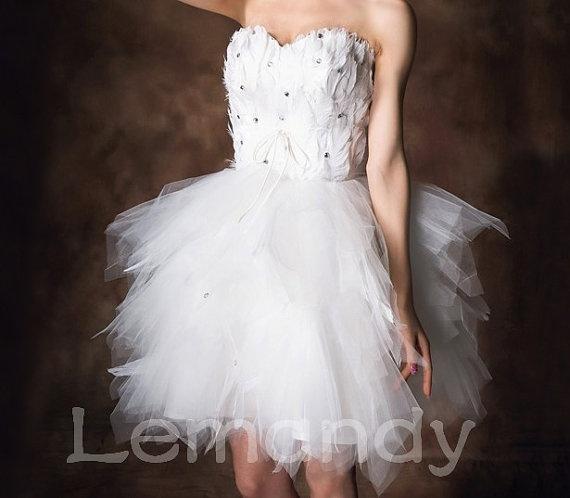 Modern cute short wedding dress feathers and tulle fabric for Short feather wedding dress