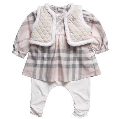 <3 Head-to-toe Burberry baby <3