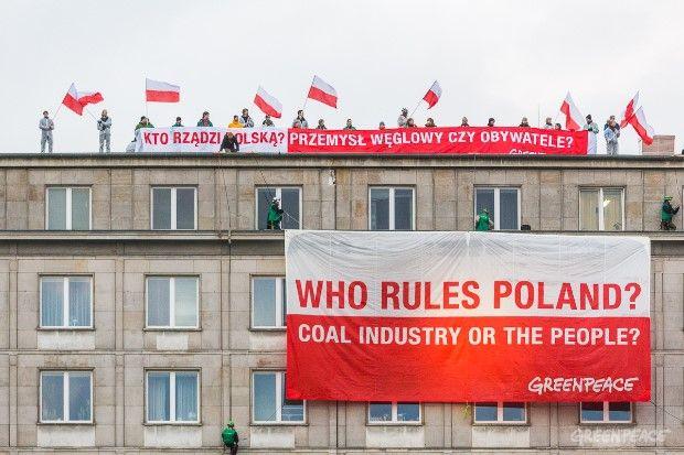 COP19: Kto rządzi Polską? Akcja na Ministerstwie Gospodarki