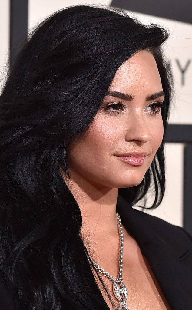 Demi Lovato Celebrates 4 Years of Sobriety: 11 Inspirational Life Lessons She's Shared to Date | E! Online Mobile