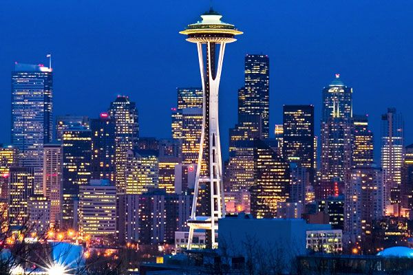 Seattle is beautiful!Spaces Needle, Buckets Lists, Emeralds Cities, Seattle Skyline, Favorite Places, Grey Anatomy, Dreams Travel, Cities Skyline, Seattle Washington