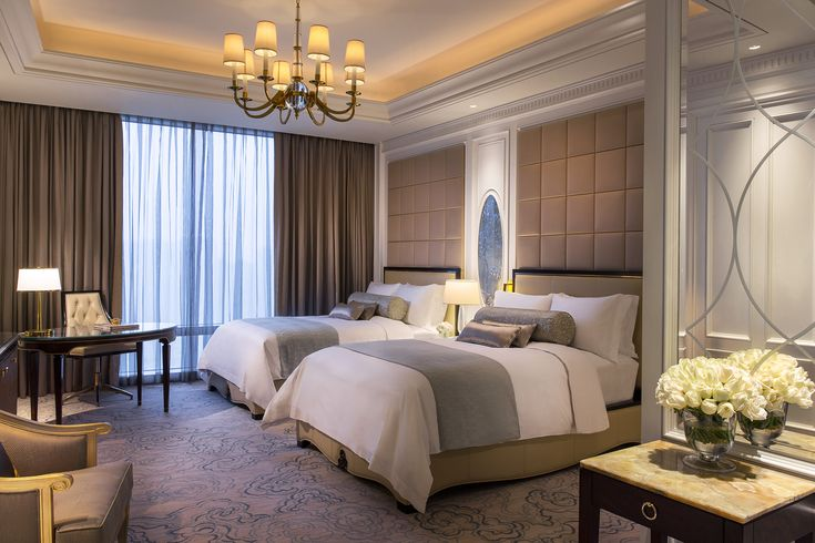Ritz-Carlton, top luxury hotel chain, on record guest satisfaction
