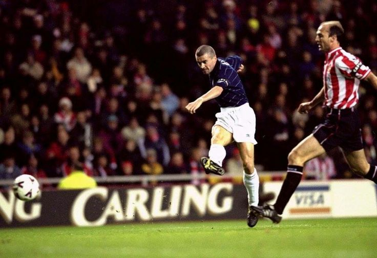 Sunderland 2 Man Utd 2 in Dec 1999 at the Stadium of Light. Roy Keane scores for United #Prem