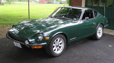 1971 Datsun 240Z in racing green
