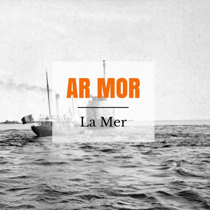 Ar Mor ... #breizhwords #bretagne #bzh #breizh #brittany #breton #finistère #kéréon #kereon #phare #mer #sea #lighthouse #armor