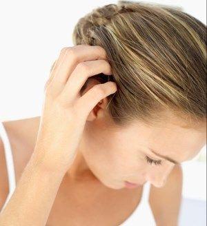 pellicules anti pelliculaire Préparez votre shampoing anti pelliculaire naturel avec les huiles essentielles