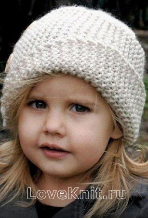 детская шляпка с косым отворотом и пуговицами фото к описанию
