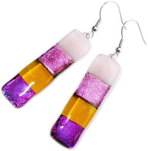 Lange oorbellen handgemaakt van dichroide glas! Roze,paars,ambergeel glas!