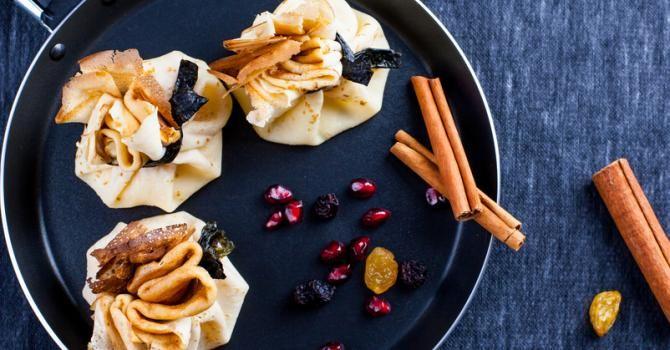 Recette de Aumônières de fruits vapeur en feuille de riz. Facile et rapide à réaliser, goûteuse et diététique. Ingrédients, préparation et recettes associées.