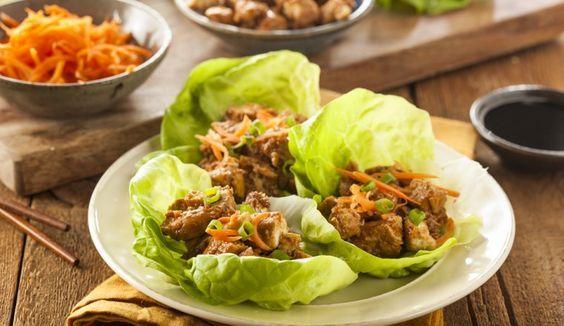 Recept: Sla wraps met pittige kip-ketjap